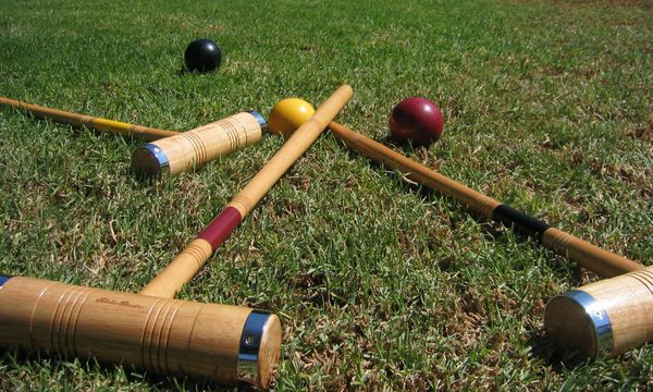 Excursion: the Canberra Croquet Club